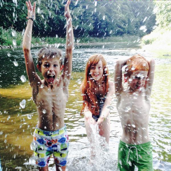bazenove deti u vody