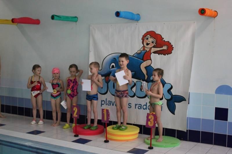 plavecke zavody nejmensich 2017